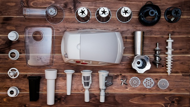Various parts of a juicer